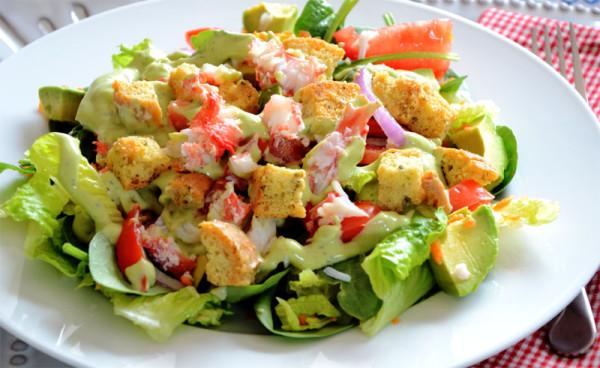 Три рецепта самых вкусных салатов