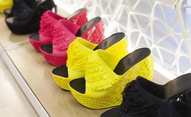 Напечатанная на принтере обувь