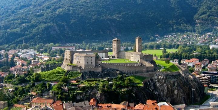 город Беллинцона в Швейцарии