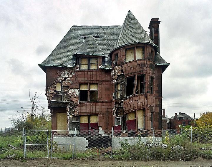 Заброшенный дом в Детройте