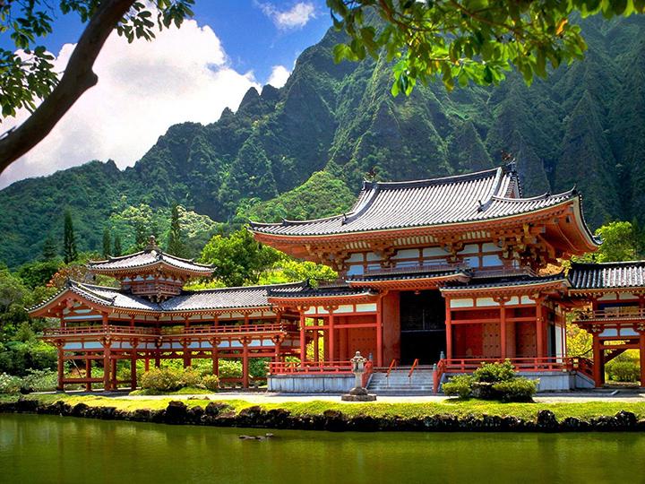 Колоритная национальная архитектура