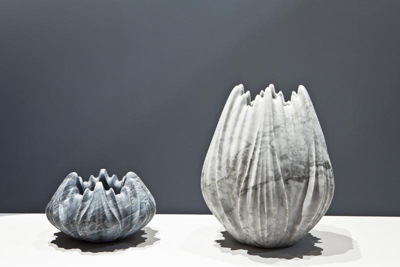 вазы из мрамора
