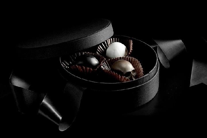 Mori ex Cacao - шоколадные черепа