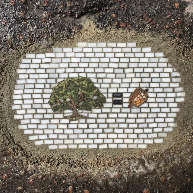 Мозаика в дорожной яме 8