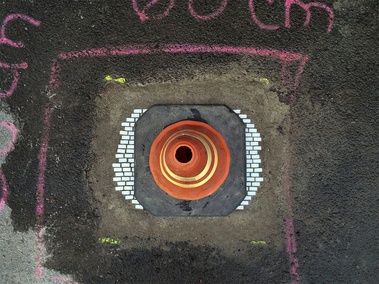 Мозаика в дорожной яме 5