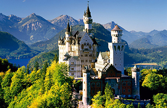 Замок на вершине горы