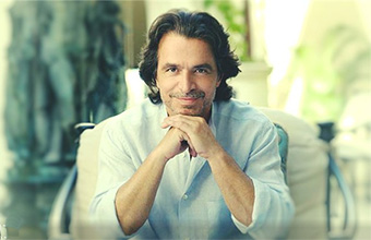Yanni Hrisomallis фото