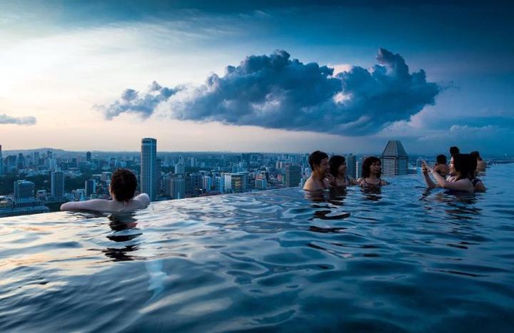Отель с бассейном на крыше - Марина Бэй 3