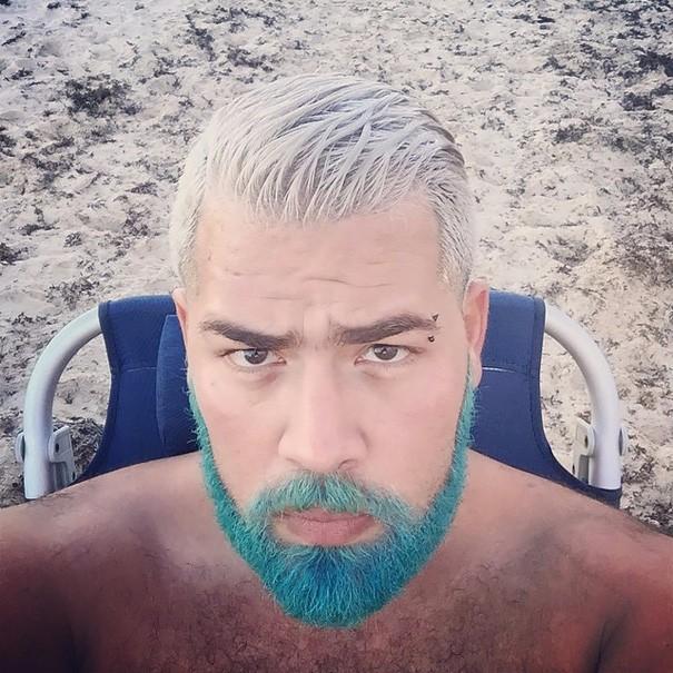 Разноцветные волосы у мужчин фото 9