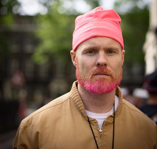 Разноцветные волосы у мужчин фото 7