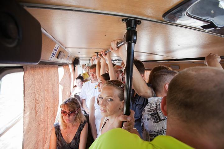 Переполненные автобусы