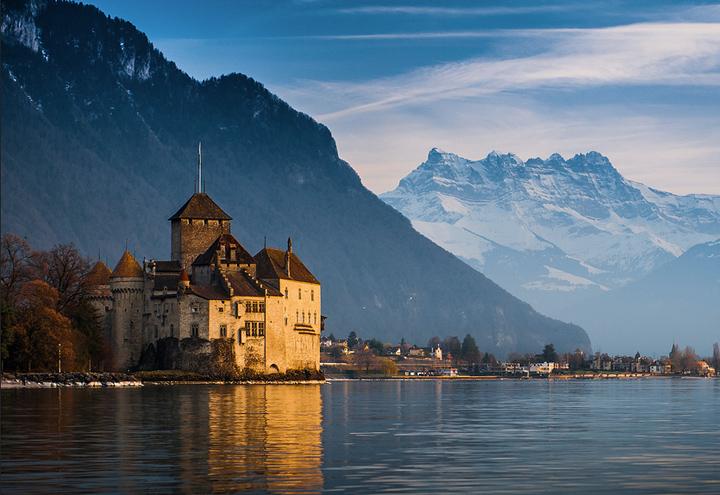 замки Швейцарии
