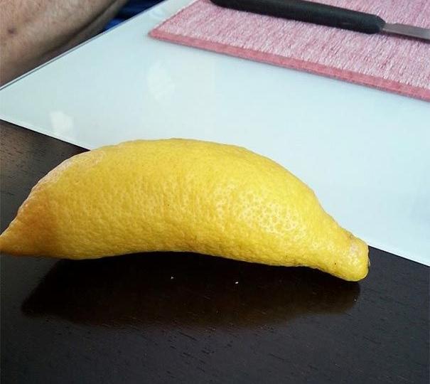 Лимон необычной формы