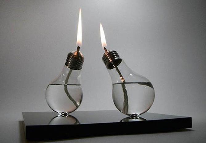 свеча из старой лампочки