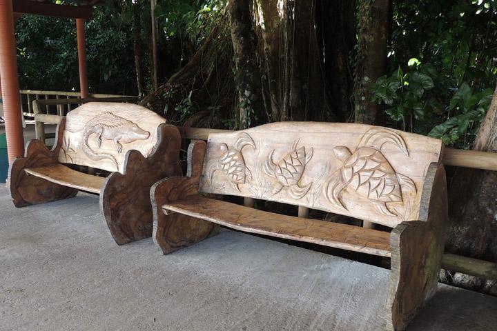 Необычные скамейки мира