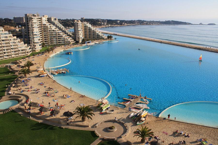 Самый большой плавательный бассейн в мире