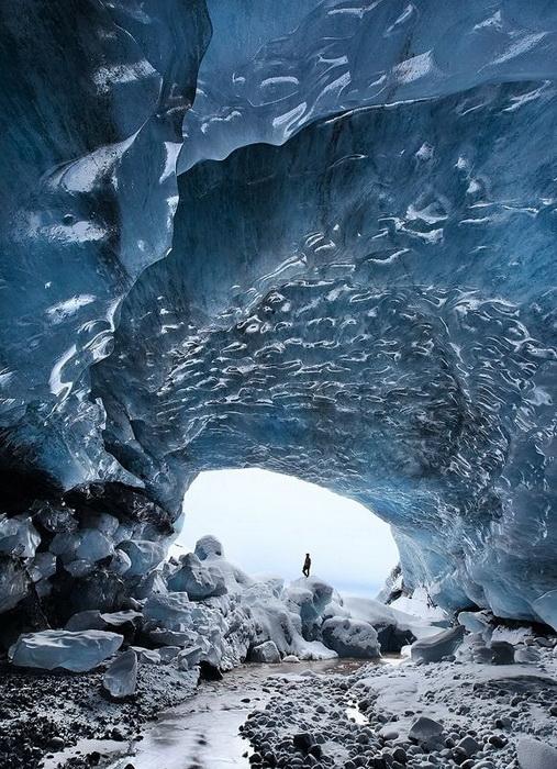 сапфировая ледяная пещера