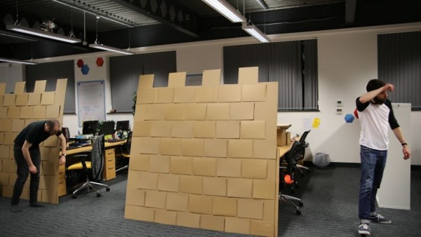 установка стен замка