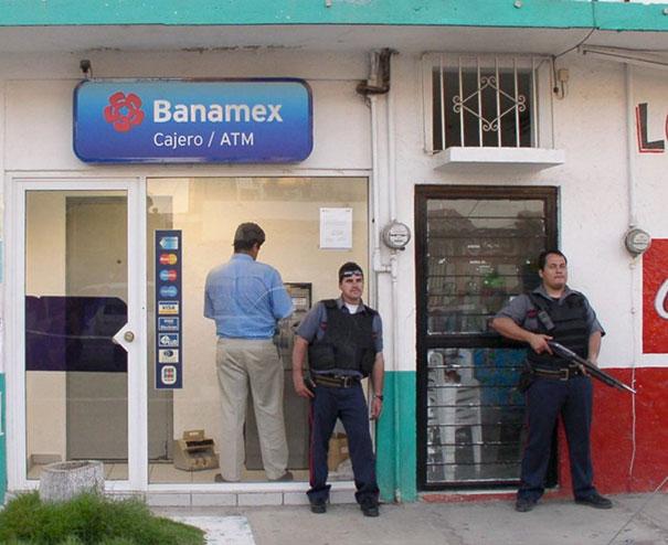 банкомат в мексике