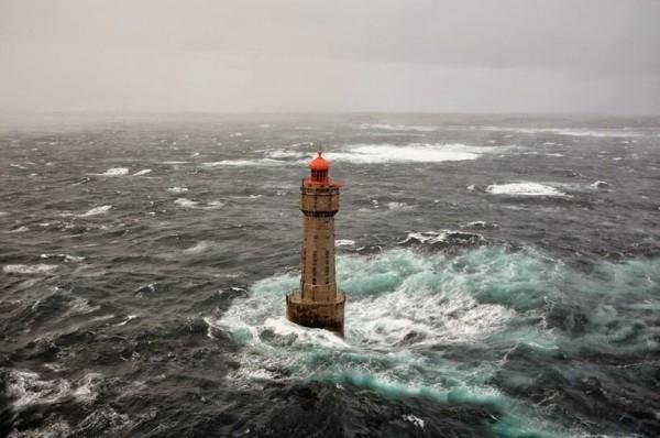 маяк ла жумент