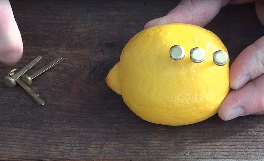 как сделать батарейку из лимона