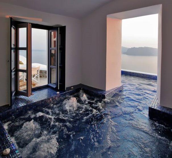 необычный комнатный бассейн