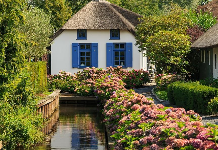 деревня Гитурн в Нидерландах