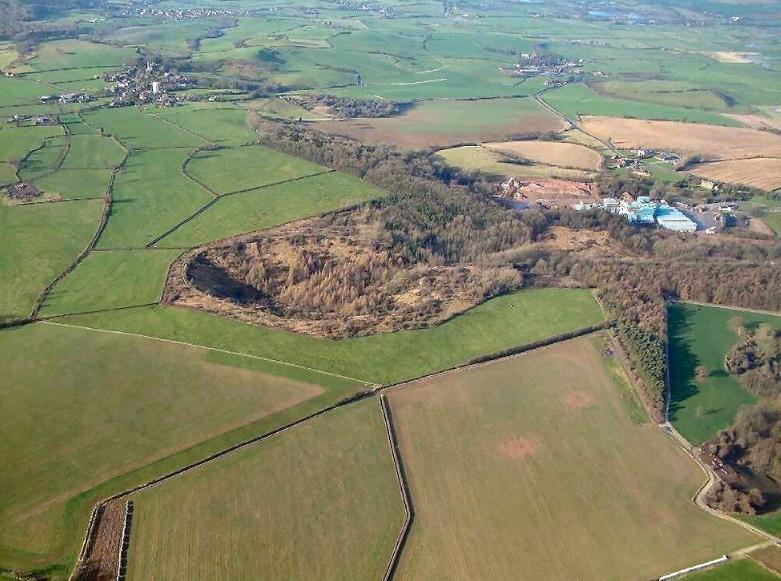один из самых больших искусственных кратеров
