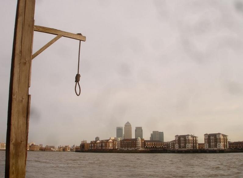 виселица на набережной Темзы