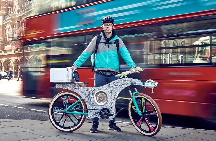 необычный велосипед из кухонных предметов