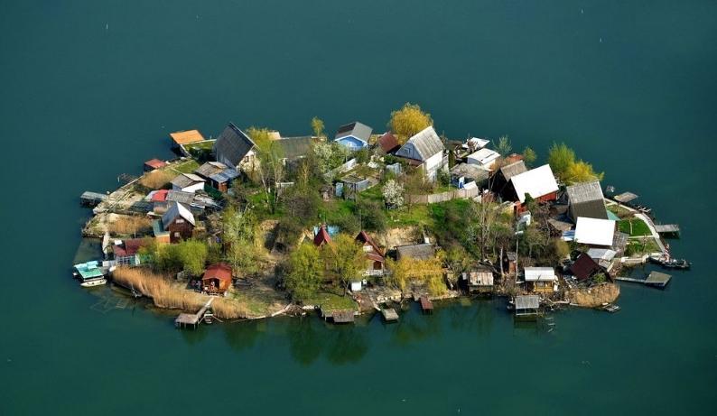 остров на озере кавикос