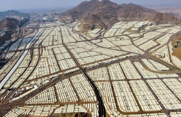 10 000 палаток