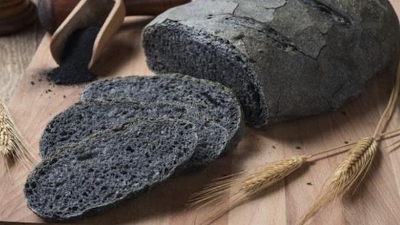 хлеб с углем