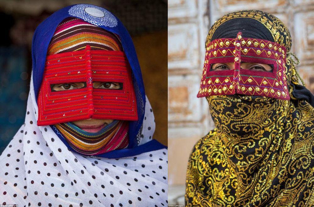 бурки иранских девушек