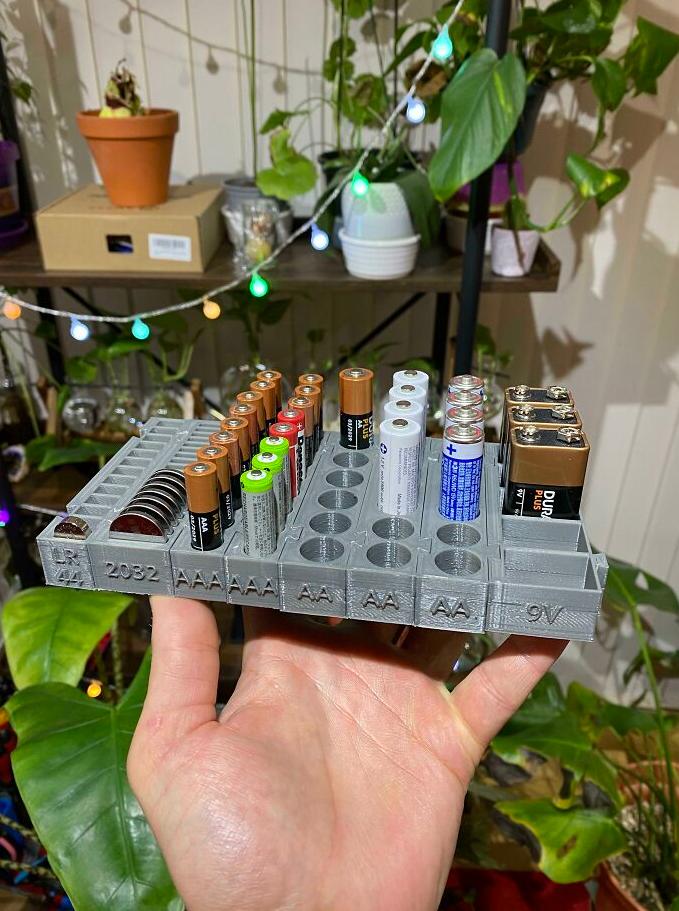 как хранить батарейки
